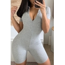 Trendy Women's Romper Solid Color Zip Front Short Sleeve Slim Fitted Romper