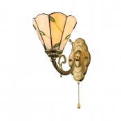 Tiffany Style Leaf Wall Sconce Amber Glass Wall Lamp with Pull Chain for Bedroom Staircase