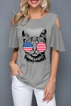 Stylish Cute Flag Cat Pattern Round Neck Cold Shoulder Casual Gray T-Shirt