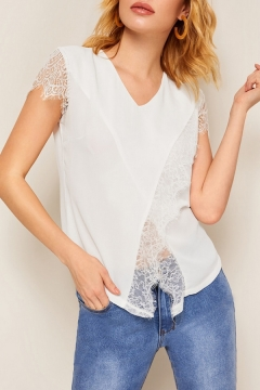 Summer Chic White Solid Color Lace Panel Short Sleeve V-Neck Casual Chiffon Top