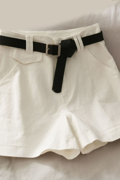Ladies Stylish Solid Color Flap Pocket Pleated High Rise A-Line Denim Shorts with Black Belt
