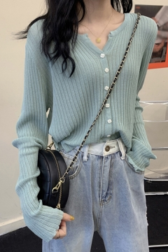 Fashionable Solid Color Button Up Notched Collar Long Sleeve Fitted Knitwear Cardigan Top for Ladies