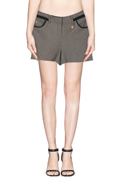 Plain Fitted Zipper Fly Pockets Shorts