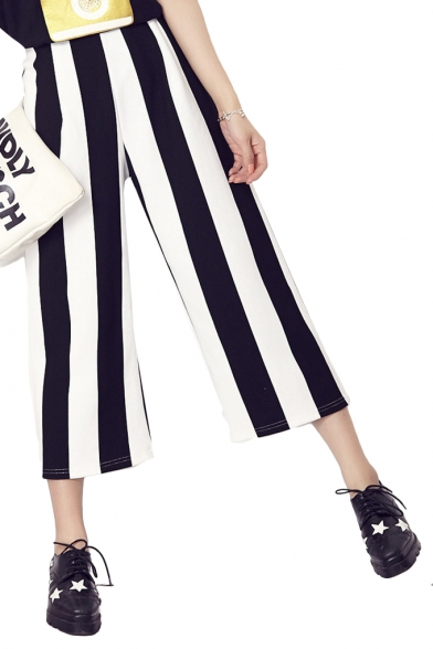 Stripe Elastic Waist Crop Pants in Loose Fit