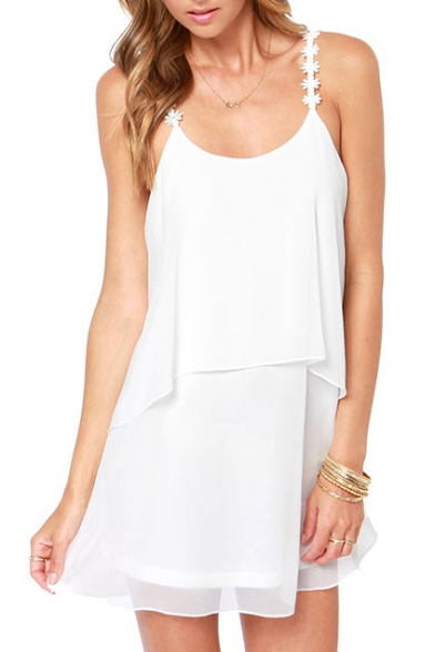 White Daisy Spaghetti Strap Layered Dress