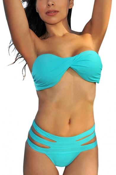 Bottom style Brazilian bikini Thong bikini High waisted bikini Scrunch bikini High Leg Shorts bikini Skirted bikini Top style Triangle bikini Bandeau bikini - Strapless Push up bikini Halter bikini Crop top Bikinis for bigger busts Bardot & off the shoulder High neck swimwear.