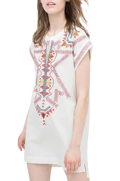 Embroidered Pattern V-Neck Short Sleeve Dress