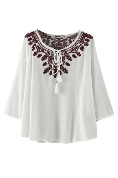 Round Neck Tribal Embroidery 3/4 Length Sleeve Shirt
