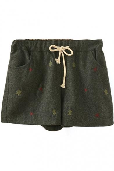 Drawstring Waist Embroidery Tweed Loose Shorts