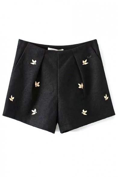 Little Flower Embroidery Tweed Black Loose Shorts