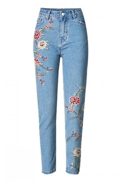 Floral Embroidered Basic Straight Jeans with Slanting Pockets