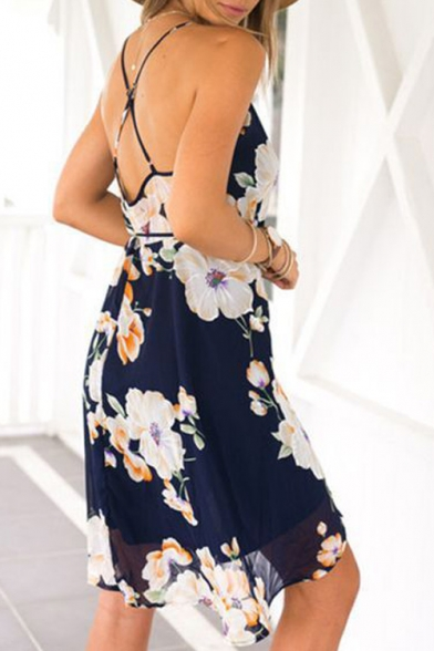 1b39b42ff5 Fashion Crisscross Back Plunge V-Neck Sleeveless Floral Printed Cami Dress