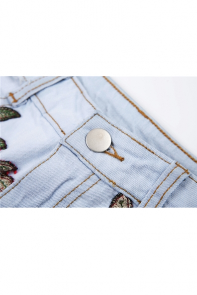 New Arrival Sexy Hollow Out Retro Floral Embroidered Hot Pants Denim Shorts