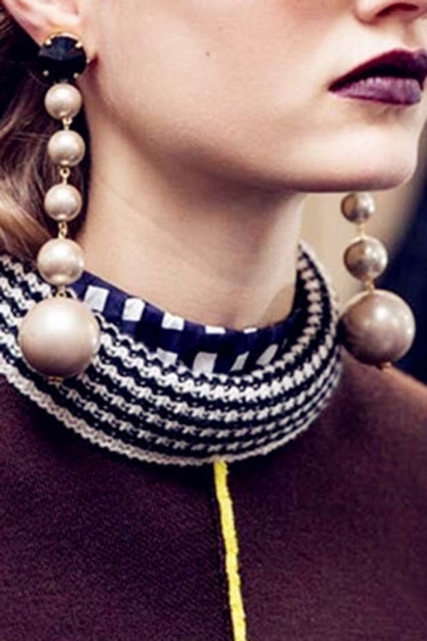 Fashion Characteristic Pearls Embellished Earrings