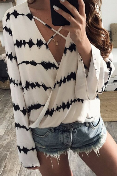 New Arrival Fashion Wrap Plunge Neck Long Sleeve Printed Chiffon Blouse