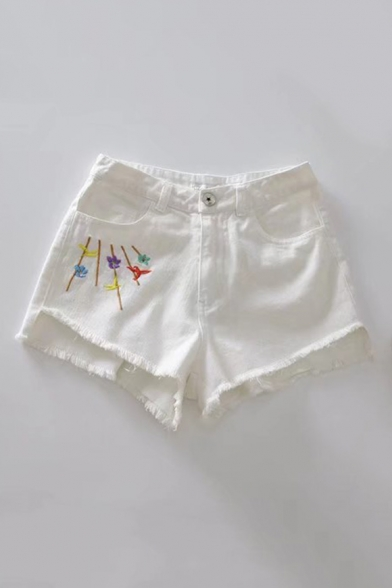 Chic Floral Embroidered Side Raw Edge Summer's Denim Shorts