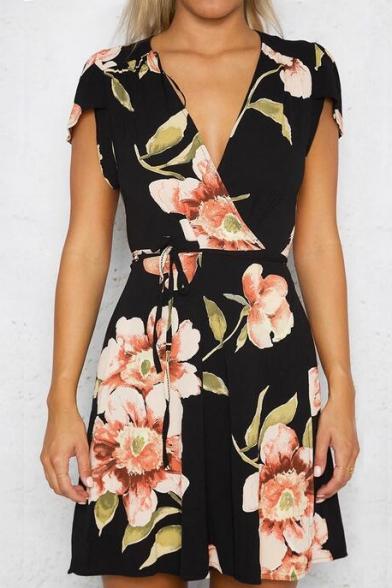 Summer's Plunge Neck Cap Sleeve Retro Floral Printed Mini Wrap Dress