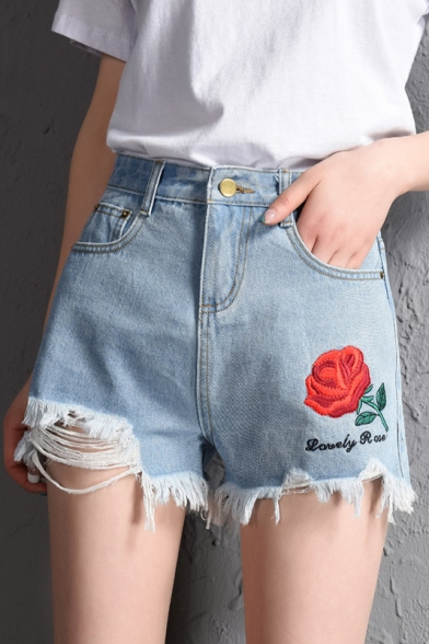 New Arrival Chic Floral Embroidered Ripped Denim Shorts