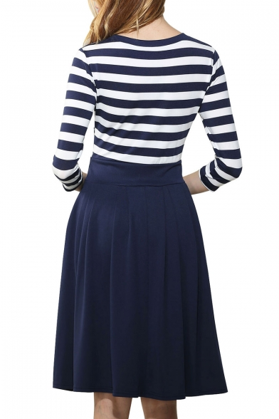 Chic Color Block Striped Scoop Neck Slim Pleated Swing Short Dress