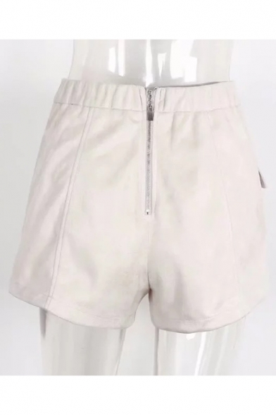 Stylish Attached Straps Detail Front Zip-Back Shorts with Flap-Pockets