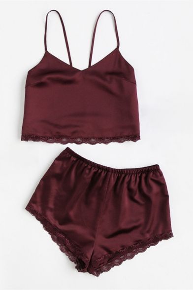 Simple Fashion Lace Panel Spaghetti Straps Cropped Cami with Plain Shorts