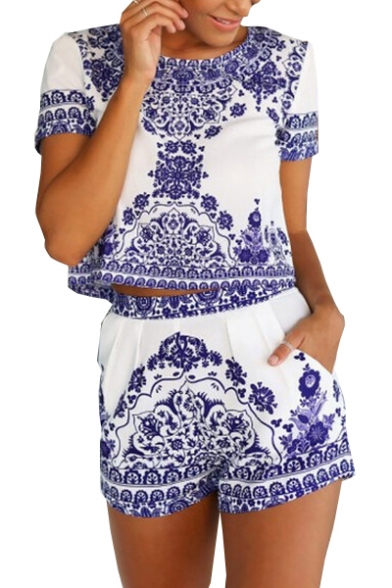 Blue and Whiter Printed Round Neck Short Sleeve Crop Top with Loose Shorts Co-ords