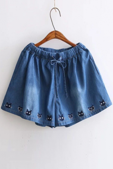 Leisure Cat Embroidered Drawstring Waist Loose Denim Shorts