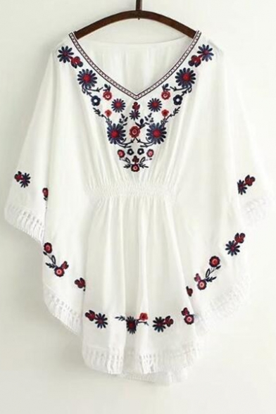 Folk Style Floral Embroidered V Neck Loose Batwing Half Sleeve Tunic Blouse