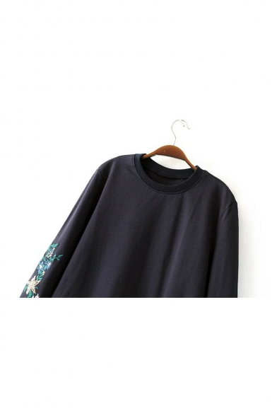 Crew Neck Floral Embroidered Long Sleeve Cropped Sweatshirt