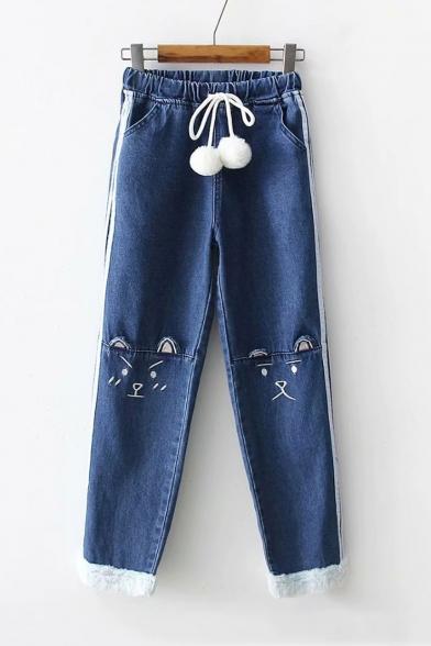 Купить со скидкой White Pom Pom Embellished Elastic Waist Cartoon Cat Embroidered Striped Side Dark Blue Jeans