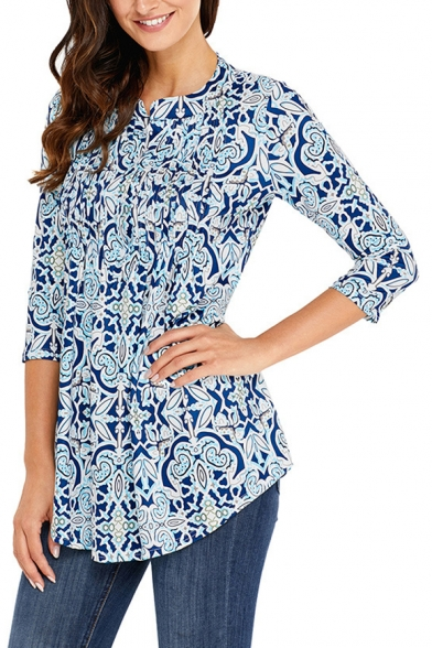 Women's Round Neck Three-Quarter Sleeve Fashion Pattern Pleated Button Front Blouse