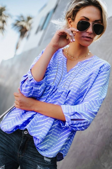 Women's V-Neck Three-Quarter Sleeve Striped Printed Blouse