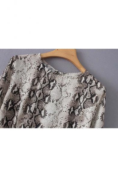 Street Style Flare Long Sleeve Round Neck Lace Up Snake Printed Khaki Shirt