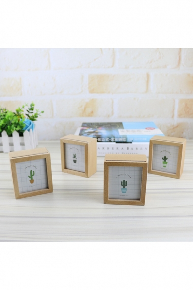 7.5*8.3*4cm Fashion Cactus Unique Birthday Gift Ornament Photo Frame Music Box at Random Type