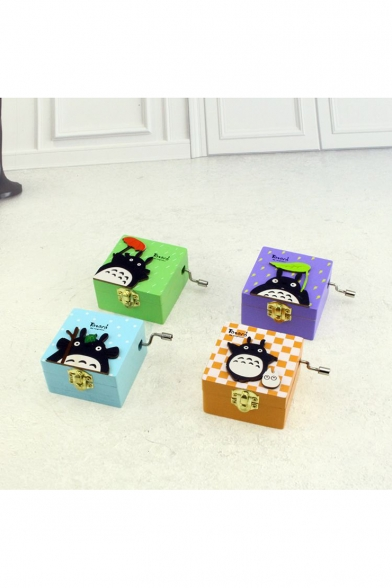 Lovely Cartoon Totoro Printed Unique Birthday Gift Hand Music Box at Random Pattern and Color