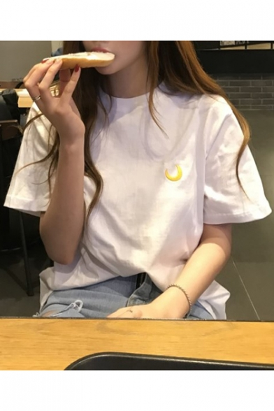 Chic Simple Moon Embroidered Round Neck Short Sleeve Loose Fit T-Shirt