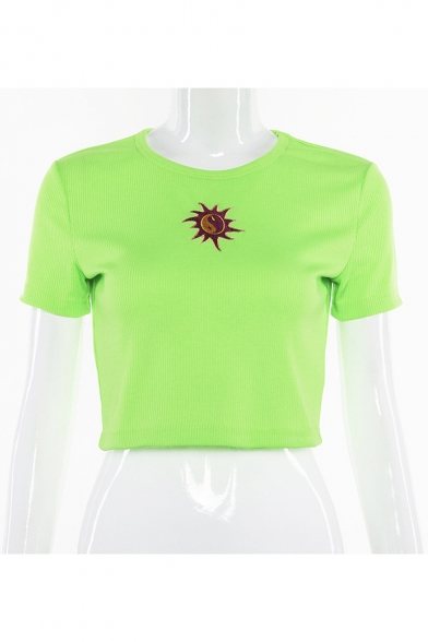 Cool Unique Eight Diagrams Sun Embroidered Basic Round Neck Short Sleeve Cropped T-Shirt