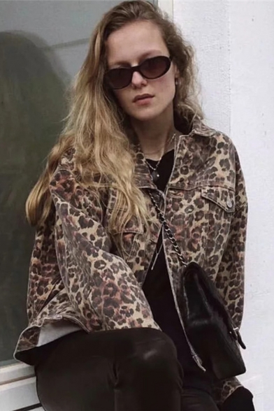 Leopard Printed Lapel Collar Long Sleeve Button Front Cropped Denim Jacket