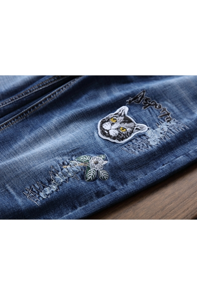 Mens Street Fashion Embroidered Letter Cat Floral Printed Straight Blue Denim Shorts