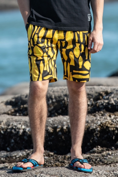 Unique Geometric Fish Printed Summer Holiday Cotton Loose Surfing Beach Shorts for Guys