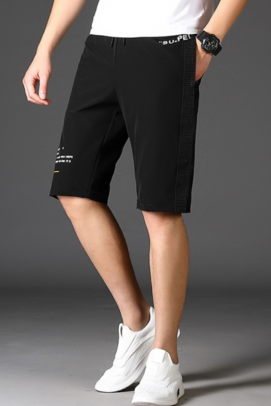 Guys Simple Letter Pattern Drawstring Waist Black Loose Fit Sport Relaxed Shorts