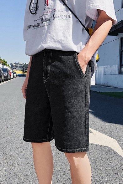 Guys Simple Letter Stripe Rolled Cuff Classic Fit Denim Shorts