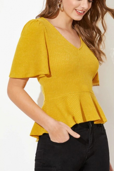 Womens Summer Hot Fashion Yellow Solid Color V-Neck Cropped Slim Fit Knit T-Shirt
