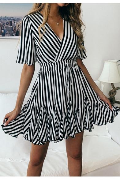 Women's Elegant Striped Pattern V-Neck Short Sleeve Bow-Tied Waist Mini A-Line Dress