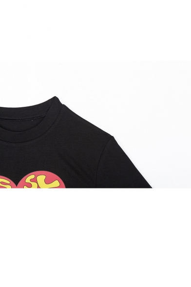 THIS SUCKS Letter Heart Comic Girl Printed Black Short Sleeve Crop Tee