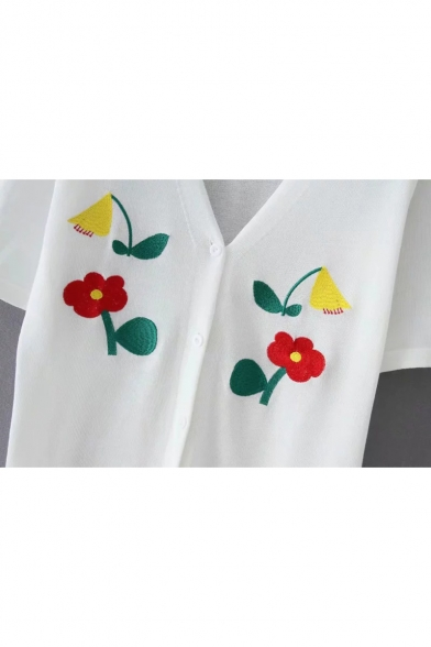 Girls Simple Floral Embroidery V-Neck Short Sleeve Button Front Knit T-Shirt