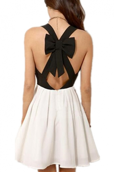 Summer New Trendy Fashion Black and White V-Neck Cutout Front Bow Embellished Back Mini A-Line Dress