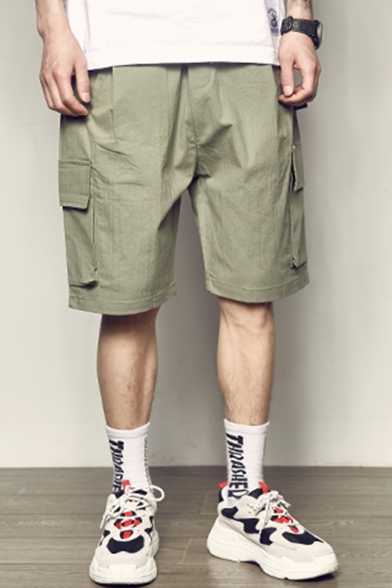 Summer New Fashion Solid Color Drawstring Waist Casual Loose Cargo Shorts with Side Flap Pocket for Men