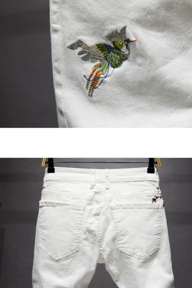 Men's New Trendy Bird Floral Embroidery Pattern Washed-Denim Retro Jeans