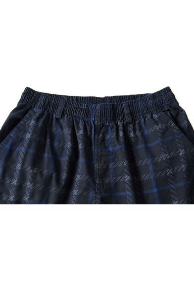 Men's Summer Trendy Plaid Pattern Zipped Pocket Side Elastic Waist Casual Cotton Shorts